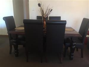 Dining Table - R7000 worth R12000. Rosslyn, Pretoria