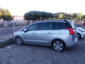 2012 Peugeot 5008 2.0HDi Active
