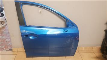 MAZDA 2 FRONT RIGHT DOOR