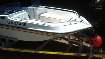 BOWRIDER BOAT FOR SALE