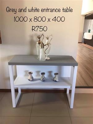 Grey and white entrance table for sale