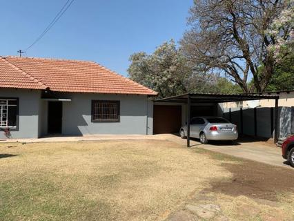 House To rent in Lambton