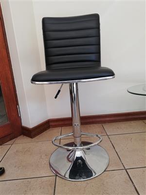 Bar stools for sale (Alecia model)