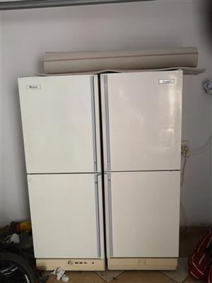 Fridge / Freezer (Side by Side)