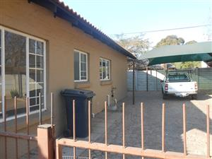 3 Bedroom 2 Bathroom duet home to rent in Gezina, Pretoria Moot