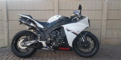 Yamaha Yzf R1 In Western Cape Junk Mail