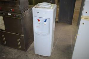 Hot and cold dispenser for sale