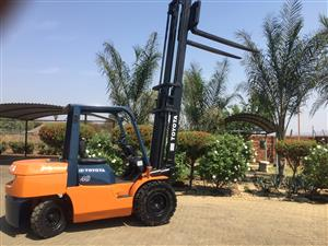 Toyota 7 series  4 ton  Diesel forklift for sale