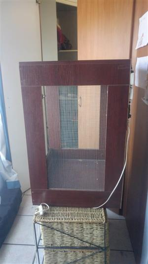 Cameleon cage