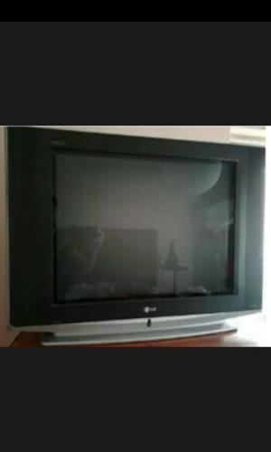 ( WANTED ) I AM LOOKING FOR A TV URGENT TO BUY FOR CASH