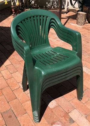 Plastic stackable chairs for sale