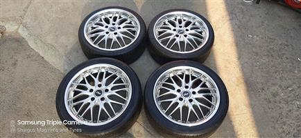 17 Inch MR Racing Mag rims with tyres