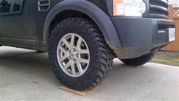 Land Rover Discovery 4 Fender (Left and Right Front) | Auto Ezi