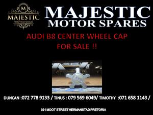 AUDI B8 CENTER WHEEL CAP FOR SALE !!