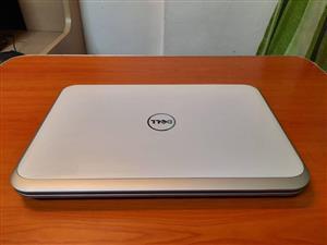Dell inspiron 5520 laptop