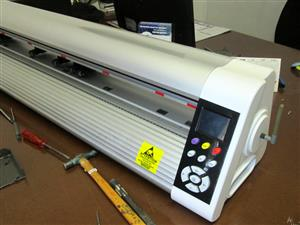 V6-900B V-Auto Superfast Wireless Vinyl Cutter 900mm, Automatic Contour Cutting Function