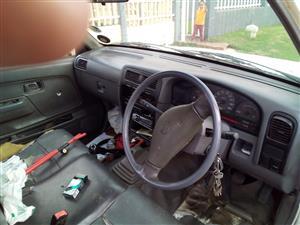 2005 Nissan NP300 Hardbody 2.0