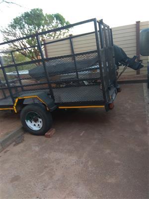 Trailer 1.5 ton R15000 negotiable call/whatsapp 0815519868