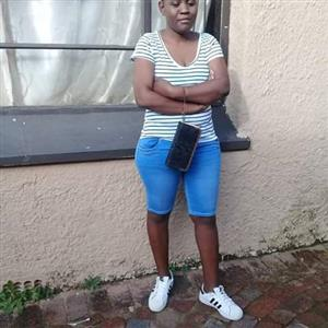 Fortunate (27) lady from Benoni needs stay out/part time
