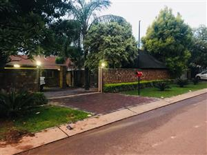 STUNNING HOUSE MONTANA PARK WITH FLATLET