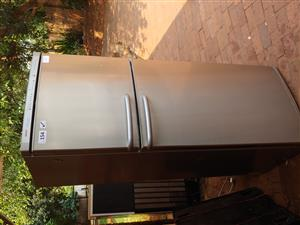 Bosch frost free 44 fridge