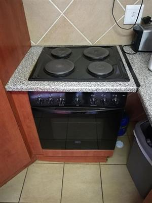 Defy 600, top stove and oven for sale