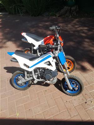 Kiddies Motor bikes