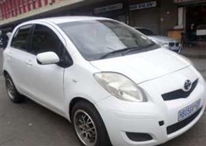2009 Toyota Yaris 1.0 5 door T1