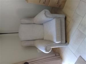 Feeding rocking chair excellent condition R2900