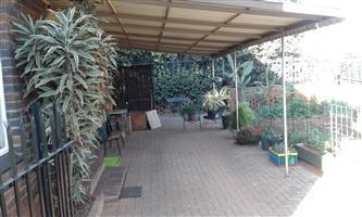 Garden Duplex To Rent In Waverley