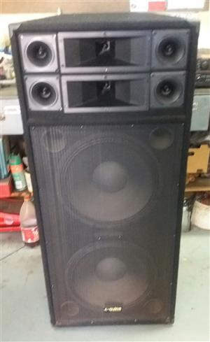 SPEAKERS, AMP AND LIGHTS