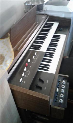 Old organ for sale