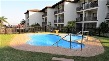 Uvongo  !!! Valentine Break!!!1 block from Uvongo  beach..Ideal escape at a great price 0396951405
