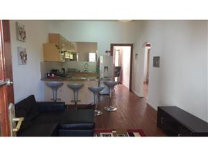3 Bedroom Apartment Rent  Rondebosch, Cape Town