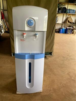 Water Dispenser Hot and Cold with built-in RO water purification system