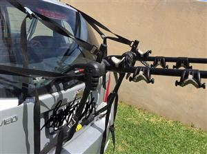 Bicycle carrier: fits on hatchback car