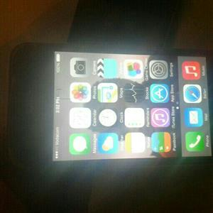 Give away price 2x Iphone 4 16Gig in good condition. 100% working