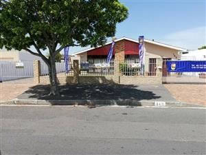 *GOODWOOD ESTATE- Walking to Goodwood Mosque / Goodwood Park Primary School / 4bed/3garages
