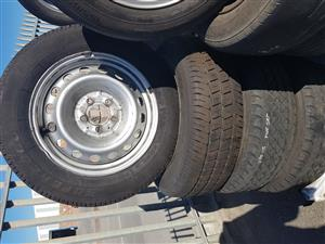 Mercedes Vito rims and tyres 205.65R16