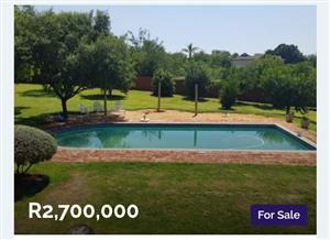 ESTATE: HOUSE FOR SALE