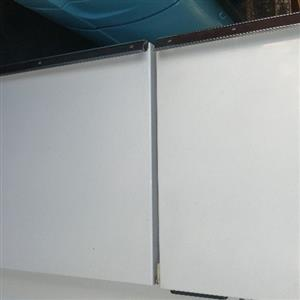 Defy Fridge Freezer 220l working