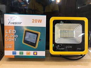 LED Floodlights: 20W, 30W, 50W SMD 185 ~ 245Volts Cool White. Brand New Products.