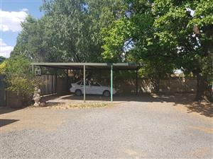 Unit available as spacious 1 Bedroom Cottage OR OFFICE SPACE - FOR RENT - Parkwest - Bloemfontein