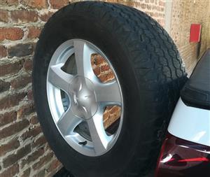 "17"" Isuzu Mags & Tyres"
