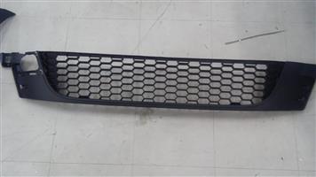 VW SCIROCCO 09-15 BUMPER CENTRE GRILLE