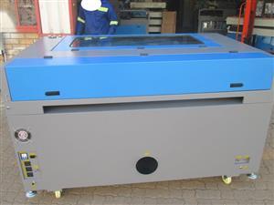 LC-1810/D180 TruCUT Standard Range 1800x1000mm Cabinet, Conveyor Table, Double Laser Head