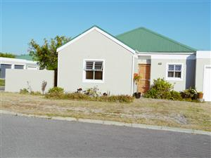 Vredelust, Kuils River --  Well Priced Property Safe living in tranquil close.