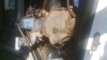 chev 2.5 carburator engine,4 speed gearbox,completly averhauld,wth starter n alternator