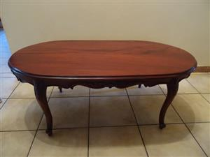 Mahogany solid wood coffee table + 2 armchairs