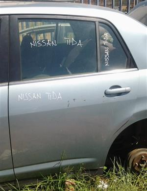 Nissan Tida 2007- Left Rear Door
